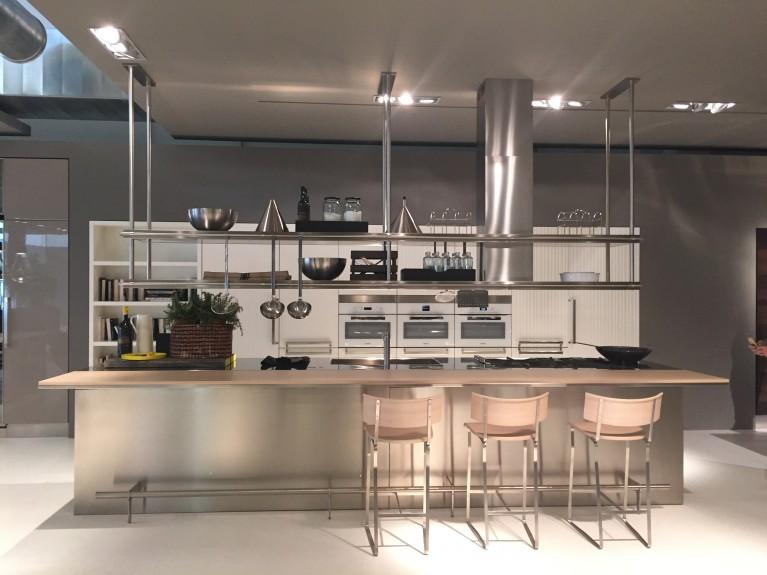 News - ARCLINEA nuovo showroom - Equipe Open Trade